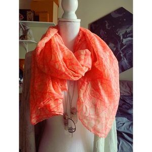 🌟 Bright Pink Abstract Scarf 🌟
